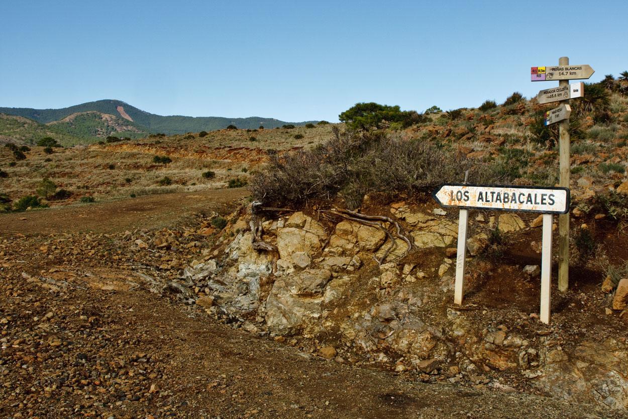 Cruce de los Altabacales